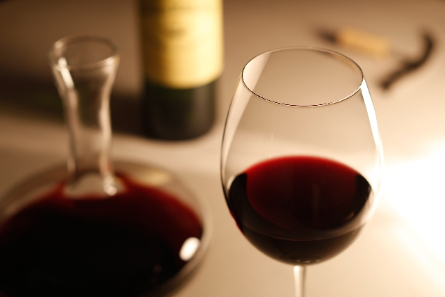 ほくろを消す食べ物 赤ワイン