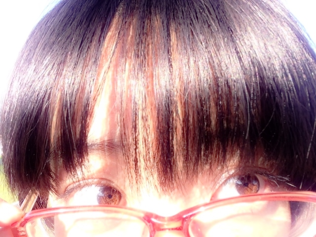 髪の毛を早く伸ばす方法~あの食べ物の不足が白髪やフケを増やす!