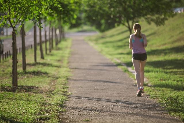 運動不足による、むくみの原因