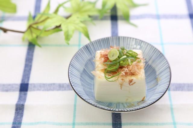 女性ホルモンの代わりをしてくれる食べ物 豆腐