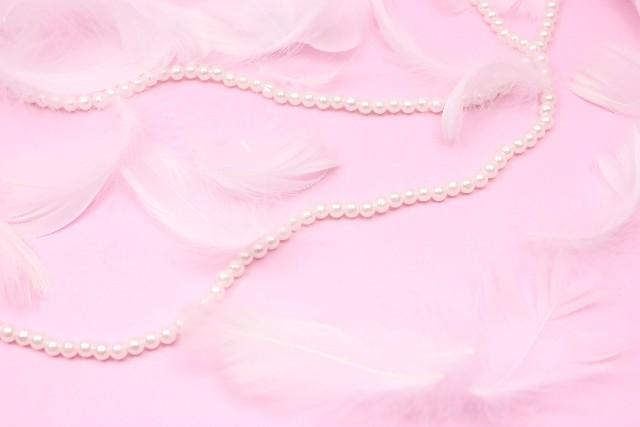 冠婚葬祭にも使えるネックレスの長さは?