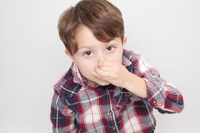 魚臭症による臭いの原因とチェック方法